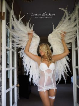 VS Replica, white angel wings by TheGriffinQueen