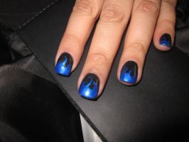 Black with Blue Flames by sharpnailart