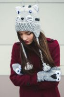 Gray Cat beanie and mittens by NatalieKnit