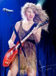 Taylor Swift by RapidDisillusion