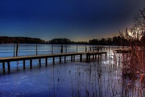 Bench on the lake by chevyhax