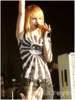hayley williams warpedtour 07 by biketripalone