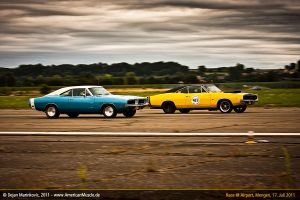 charger race by AmericanMuscle
