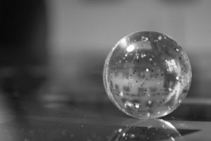 Bouncing ball by mobbe-pingvin