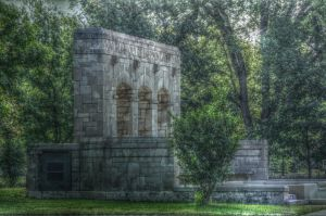Monument by damndansdawg