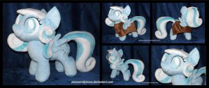 Snowdrop Plush by Peruserofpieces