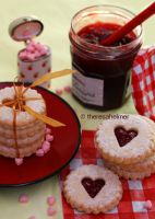 Linzer Heart Cookies (+recipe) by theresahelmer
