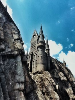 Photography: Hogwarts School by vt2000