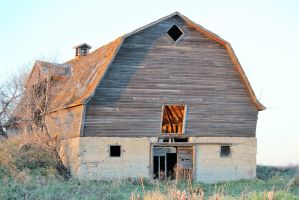 Old Abandoned Barn 6 by kaitykat99