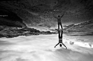 Upside down by MarioGuti