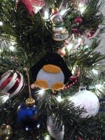 Christmas Penguin by dragoon811