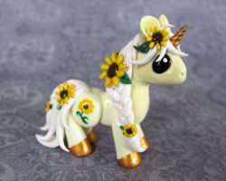 Sunflower Unicorn by DragonsAndBeasties