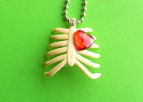Ribcage with Heart Necklace by PorcelinaZero