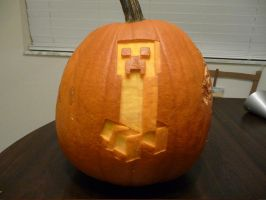 Creeper Pumpkin 2 by ceemdee