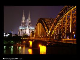 Koeln bei Nacht by withonewing