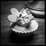 Whipple Cupcake by Ryxia