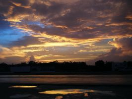 Another Cancun Sunset... by Fluffytheartist
