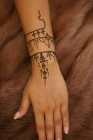 ~Antique jewelry inspired henna tattoo hand~ by Emeraldserpenthenna