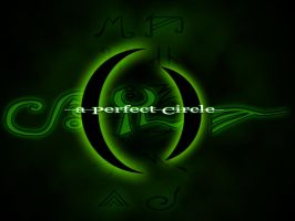 A Perfect Green Circle by wisecow