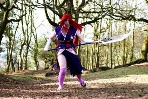 robes of yuen Erza fighting by kittymichaels