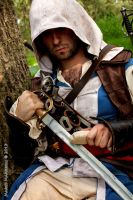 Edward Kenway sharpening his sword - cosplay by eyes1138