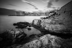 ...rocks and the city... by roblfc1892