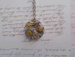 Staempunk mechanical necklace by SteamJo