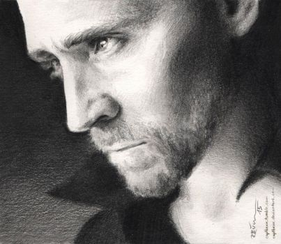 Tom Hiddleston by CaptBexx