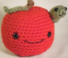 Apple with a Worm Amigurumi by ChibiSayuriEtsy