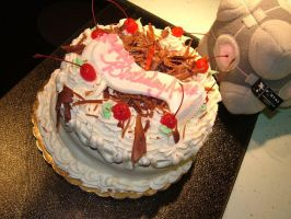 Birthday cake 2010 by KaiThePhaux