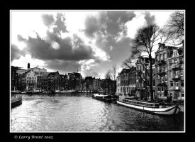 Canal in Amsterdam by inessentialstuff