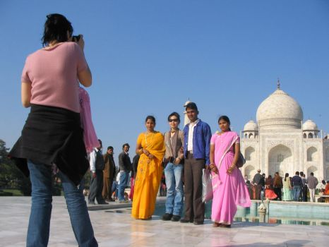 Afternoon at the Taj Mahal by Ilparpa