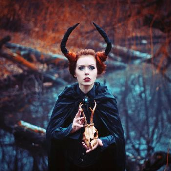 The demoness by eemotional