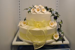 calla lily wedding cake by nlpassions