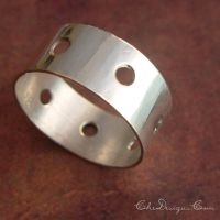 Wide SS Band with Holes by che4u