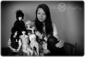 me and my dolls by Hay3n