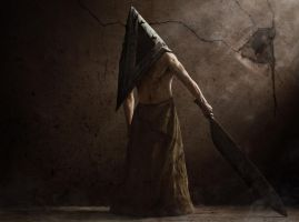 Pyramid Head by Cakobelo