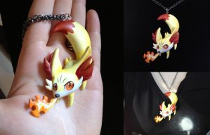 Fennekin Necklace 2.0 by Gatobob