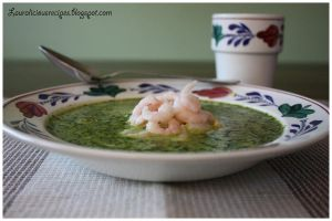 Spinach and coconut soup with shrimp by China-Dolly