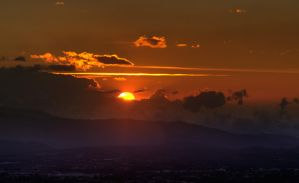 The Last sunset of 2011 01 by otas32