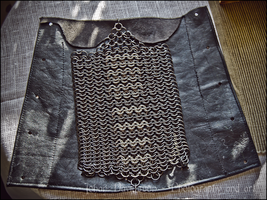 Chainmaille bracer V2 by Grall19