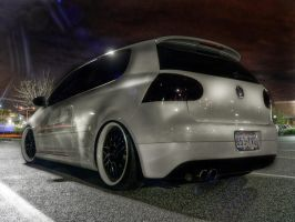Candy White HDR by andiesavestheday