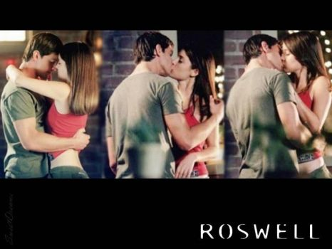 Roswell - Max and Liz by SweetDreams7000