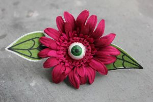 eye hairclip by Gorgone