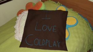 FanArt I_love_coldplay_pillow_by_fauo1995