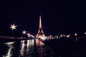 Paris by Elenihrivesse
