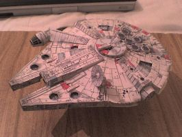 Millenium Falcon 2 by Amaro-House