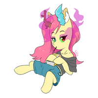 Fluttershy (from a parallel universe) by 0ndshok