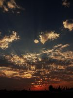 Sunset : Middle 1 -untouched- by IoannisCleary
