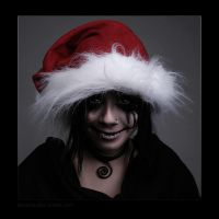 Creepy Christmas by hoschie
